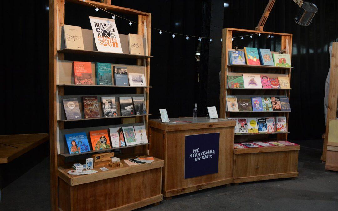 Editorial Biblioteca en el Mercado de Frutos Culturales